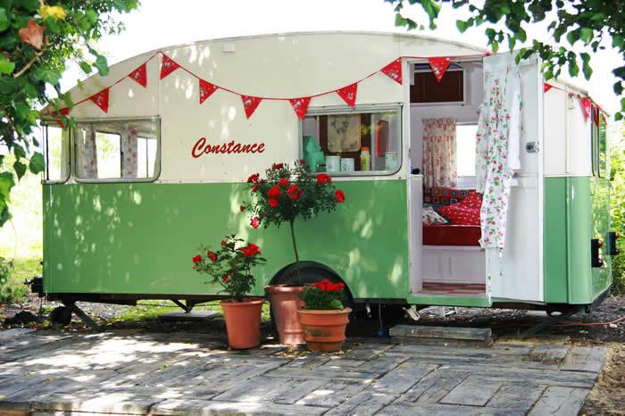 ConstanceExterior4 caravave vintage 1